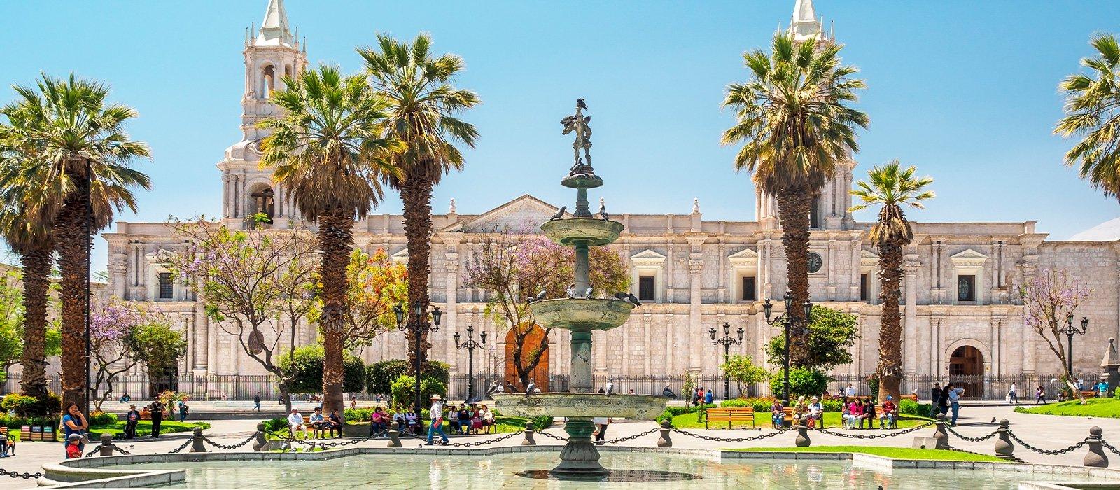 Arequipa Walking Tour & Santa Catalina Convent